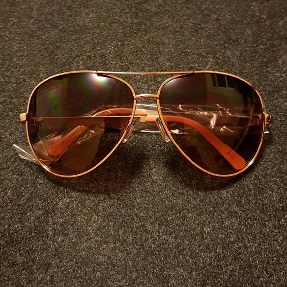 6240b60320 Liz Claiborne Sloane sunglasses - rose gold